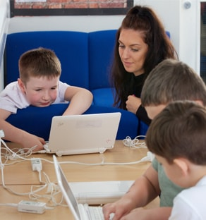 Children on laptop